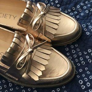 Rose gold metallic loafers